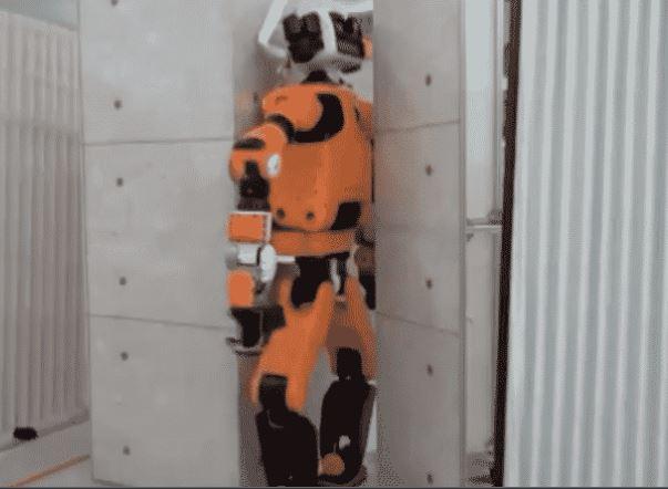 Robot explorador de rescate E2-DR de Honda para desastres naturales