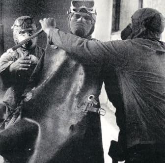hombres en chernobyl